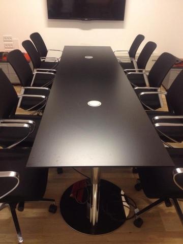 Montering af kontormøbler